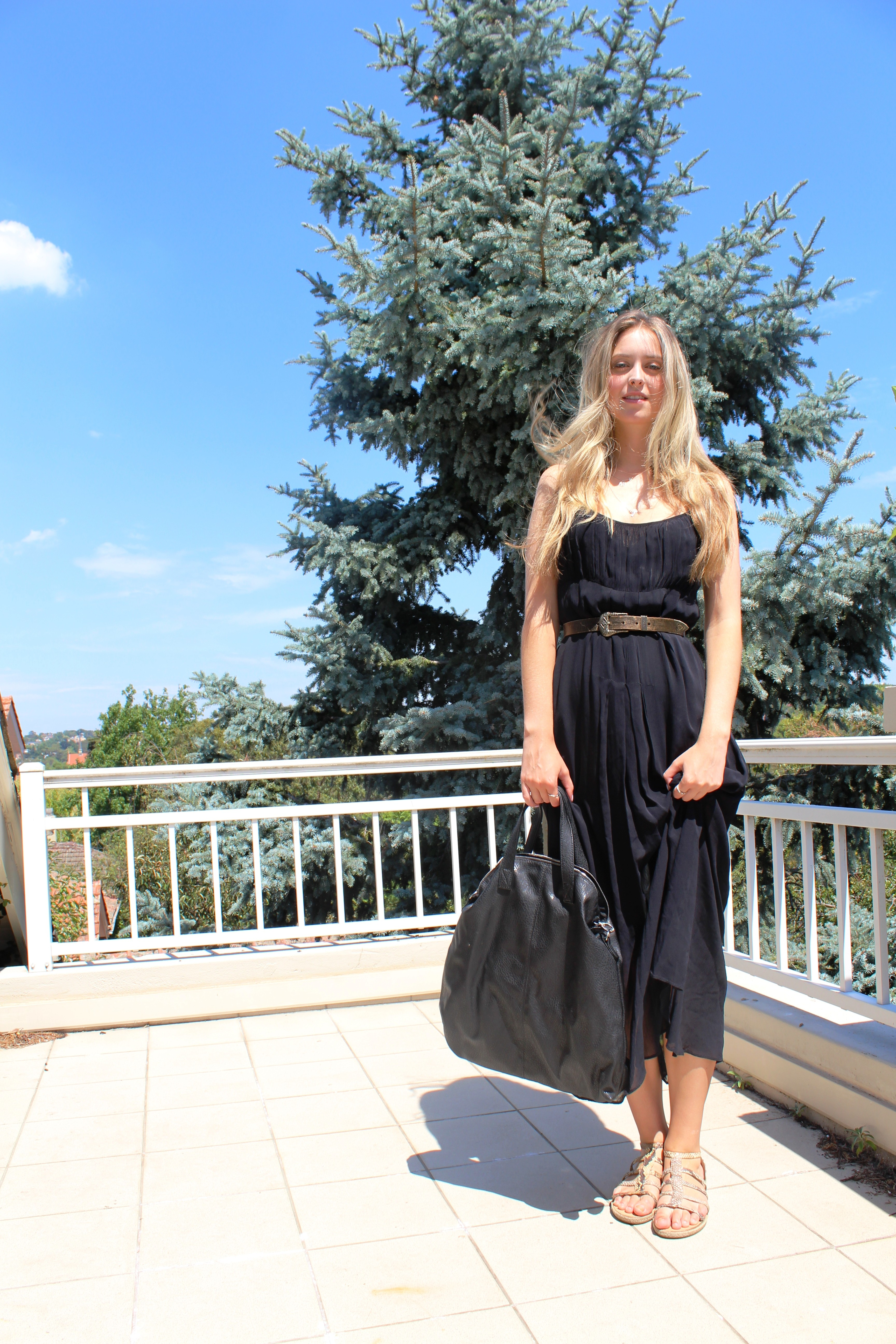 b169c546605 Outfit of the day  Black maxi dress – Call it a Map